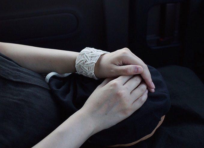 大人の夏の装いにおすすめの「Tami」のブレスレット「erizabesu」