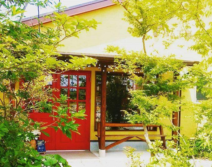 「江津湖畔のハム工房 赤ずきん」の外観