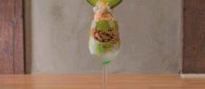 「hammock cafe Amaca(ハンモックカフェ アマカ)」の旬のフルーツを贅沢に使ったパフェ1