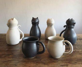 お家時間がもっと楽しくなる。「暮縞」の猫型ポット&マグカップ