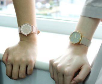 現代を自分らしく生きる女性を輝かせる。ニュアンスカラーが上品な「nuwl」の腕時計