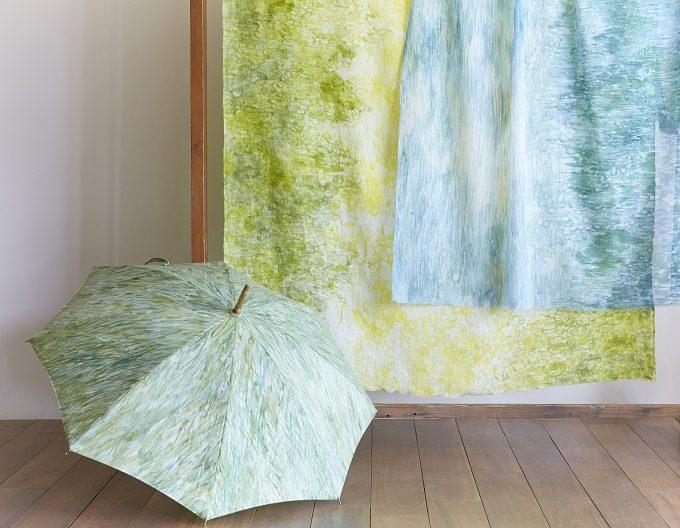 いとうりえこさんの手描きで染めた美しい日傘4