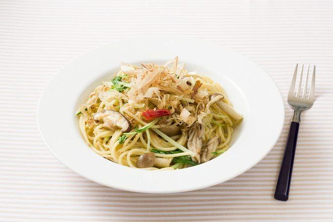 「オリーブオイルとさば節の和風ペペロンチーノ」のレシピ2