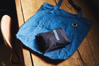小さくたたんでバッグに忍ばせて。職人の技が光る「GLENROYAL」のトートバッグ