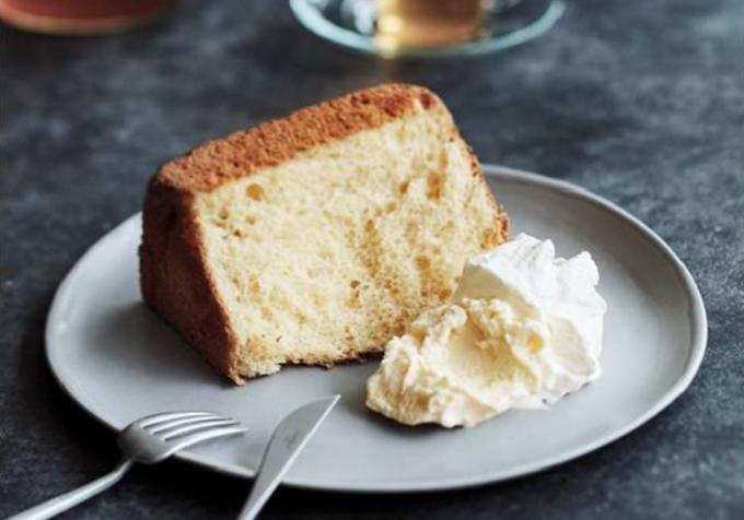 人気のパン屋「BOUL'ANGE(ブール アンジュ)」の食パン「パン ド ミ シフォン」、食べ方の例