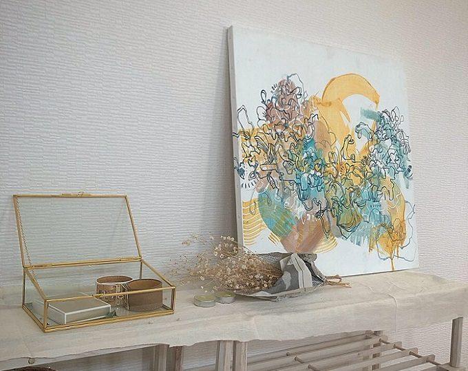 絵画レンタル「Casie」の絵を飾った室内1
