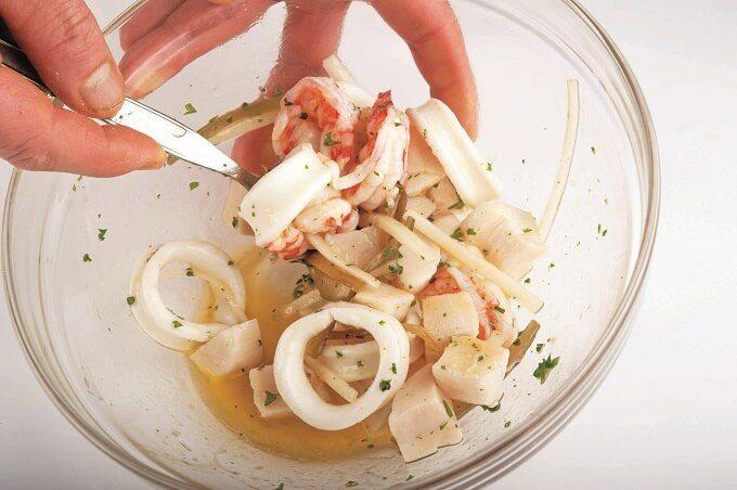 レモンドレッシングが香る「魚介のサラダ」作り方5
