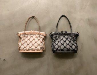夏に持ちたい軽やかさ。編んだ革紐とリネンが上品な「Ense」のカゴバッグ