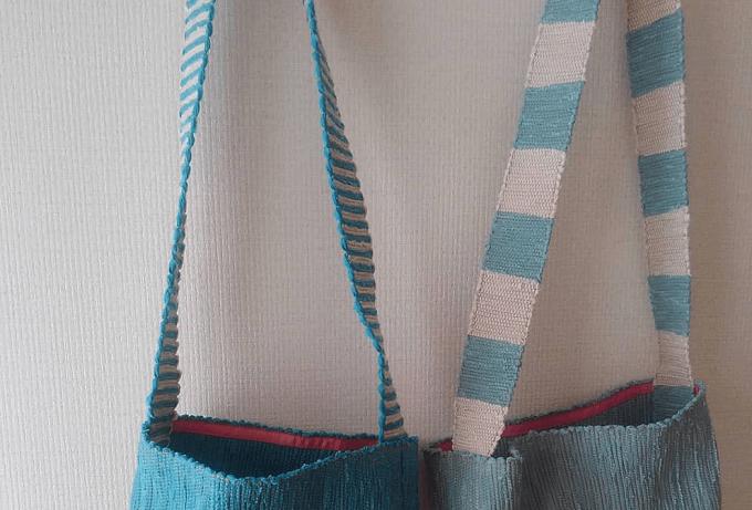 いわもとあきこさんが作る裂き織りバッグの持ち手