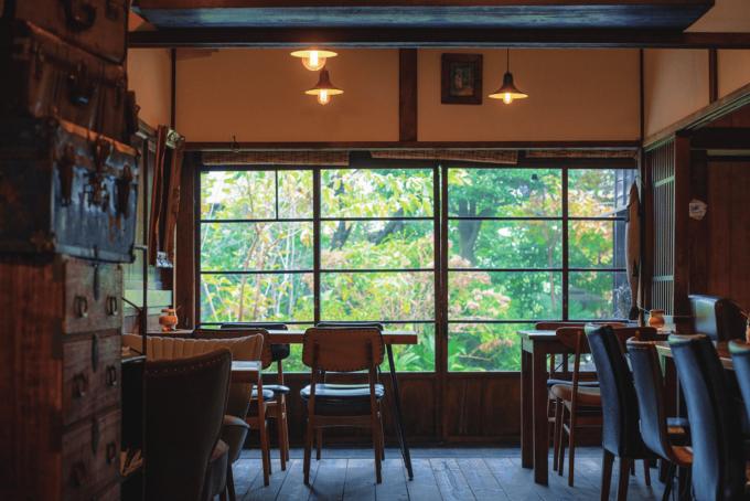 都内のおすすめ古民家カフェ「蓮月」の店内写真1