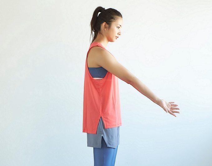 肩の位置を正しくする「ローテーターカフ」のストレッチのコツ