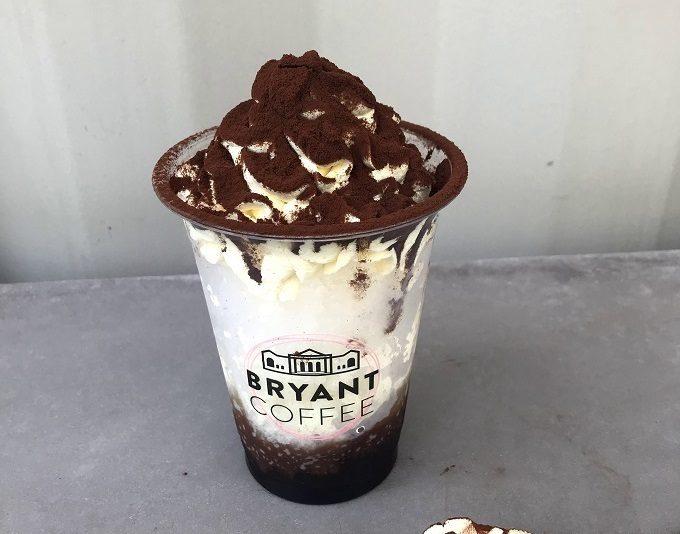 BRYANT COFFEE(ブライアントコーヒー)の日焼け止め効果が期待できるティラミス風かき氷