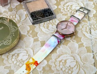 簡単に手持ちの腕時計を着せ替えられる。バリエーション豊富なウォッチベルト「TAD STRAP」
