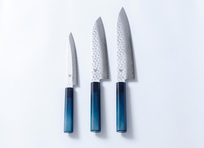 機能性とデザイン性に優れた「藍包丁」2