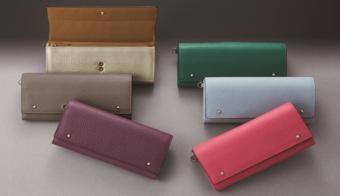 自分に合った色とデザインが選べる。「アテニア」のセミオーダー革財布