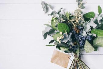 花を長く楽しめる!簡単・ドライフラワーの作り方4つ&アレンジ法