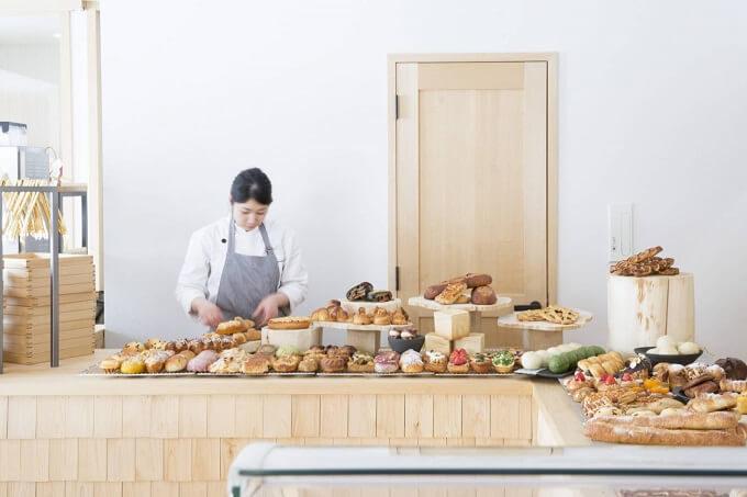 石川県金沢市にあるパン屋さん「NOTOHIBAKARA BAKERY」