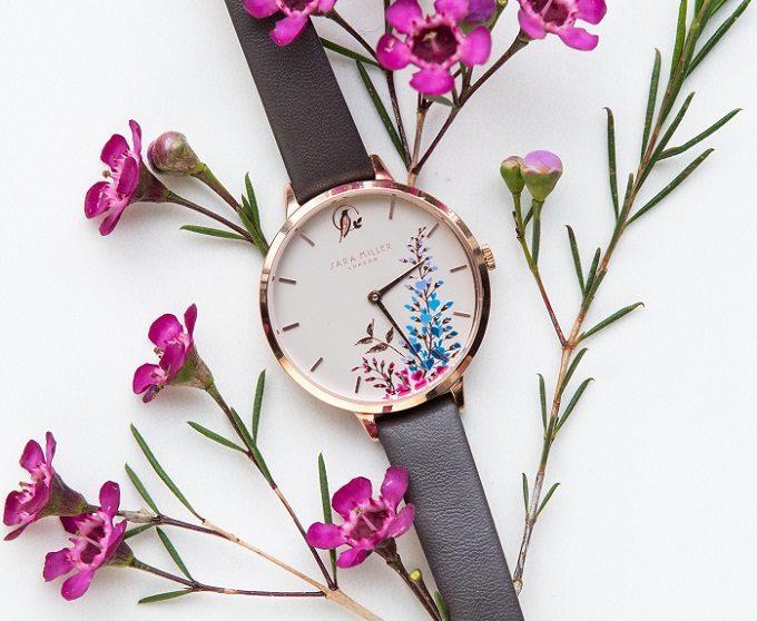 華やかで女性らしい「サラミラーロンドン」の腕時計2