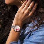 随所にこだわりを感じるデザイン。日本初上陸の腕時計「サラミラーロンドン」