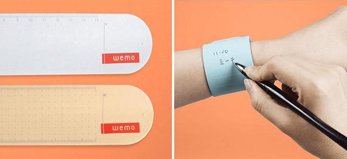 何度も書いて消せる新しいメモ帳「wemo」、バンドタイプ