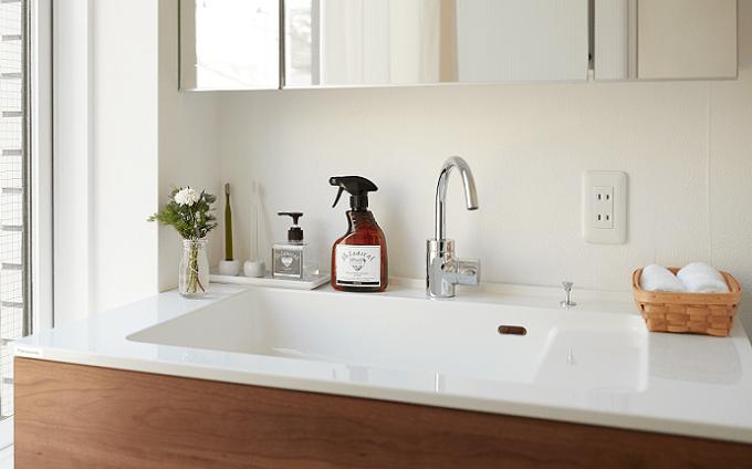 手肌の潤いを守る植物性洗浄剤「Ya.Sa.Sea(やさしい)ボタニカルハウスホールドクリーナー」3