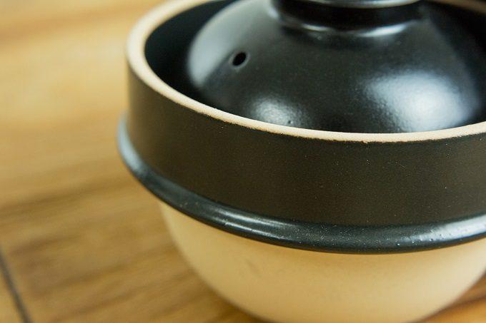火加減調整なしに米が炊ける、益子焼の土鍋「kamacco」2