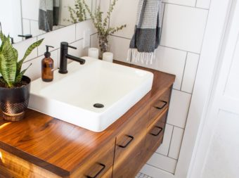 すっきり&おしゃれ。すぐに真似したい洗面所の簡単収納アイデア