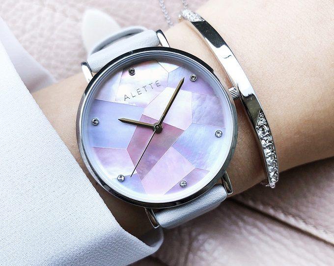「ALETTE BLANC(アレットブラン)」の幾何学模様の文字盤が輝く腕時計 リリーコレクション3