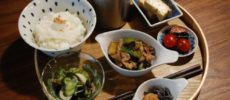 千駄木の居心地のよい古民家カフェ「雨音茶寮」の出汁茶漬けセット
