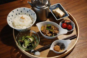 ホッとする食事とお茶。まるで自分の家のように寛げる空間、千駄木「雨音茶寮」
