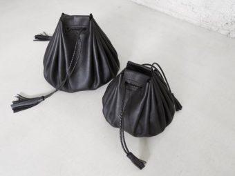 女性が持ちたい、 柔らかで軽やかな黒い革バッグ。注目のブランド「as couture」