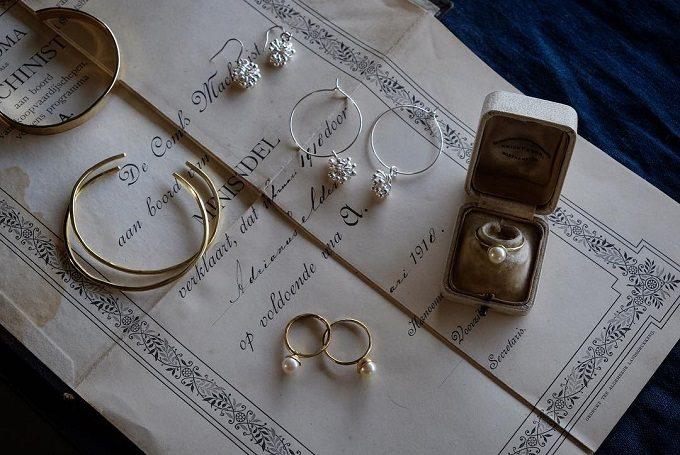 沖縄の伝統工芸・金細工でアクセサリーを作る工房「atelier sou(アトリエそう)」のバングルや指輪など