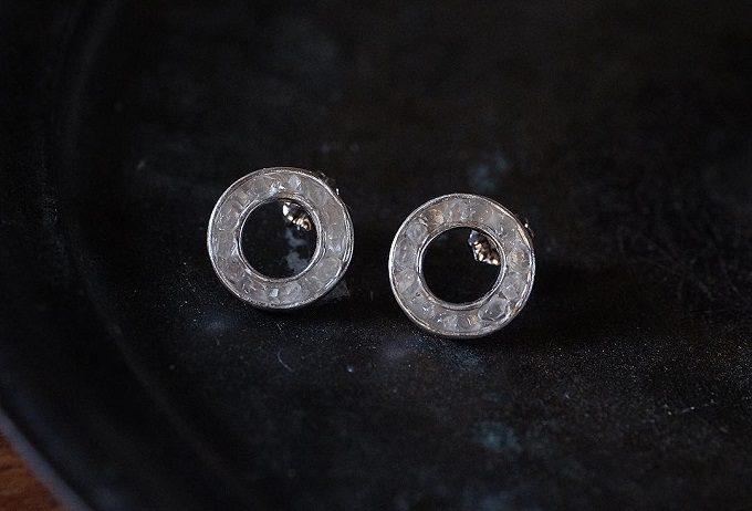 沖縄の伝統工芸・金細工でアクセサリーを作る工房「atelier sou(アトリエそう)」のハーキマーダイヤモンドのピアス