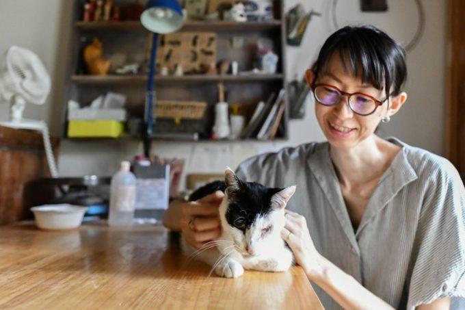 陶芸家・清水直子さんと愛猫
