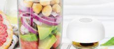 透明な容器でサラダがおしゃれに入れられる「INBOXサラダシェイカー」101