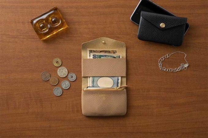 「TOUCH & FLOW」のミニ財布「MINI BANK」