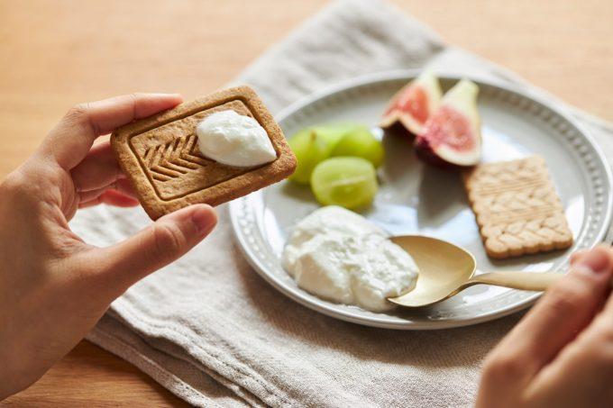 朝食におすすめ、南仏発のビスケット「ジェルブレ」の食べ方例