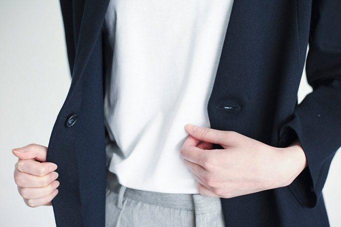 働く女性におすすめ「KNITOLOGY(ニットロジー)」の服、ジャケット