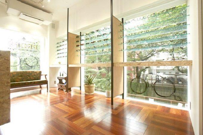 中目黒の眼鏡店「PROPS」の店内写真