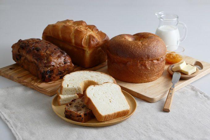 食パン専門店「大仏さまの福みみ」のさまざまなパン