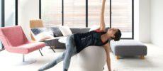 椅子に座る感覚で体幹が鍛えられるバランスボール「MAROOMS」1