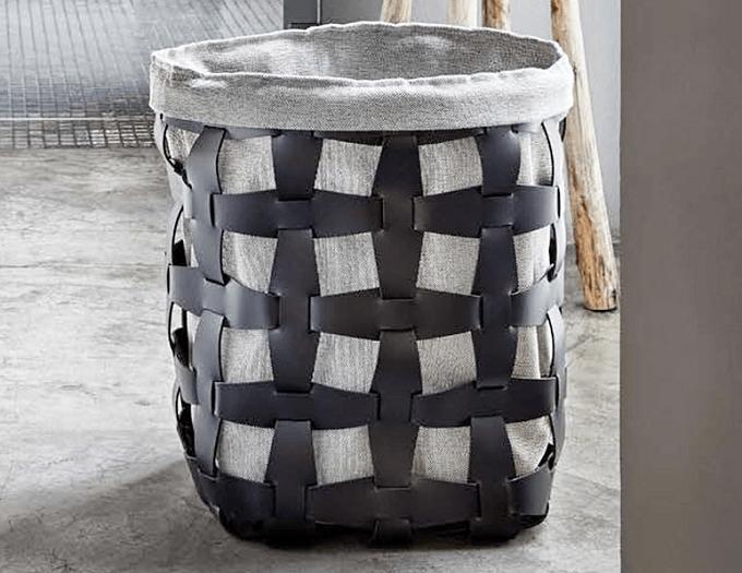 「Pinetti(ピネッティ)」の革製のランドリーバスケット