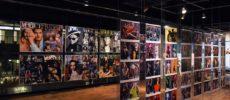 VOGUEカバー写真など会場内の展示の様子の写真