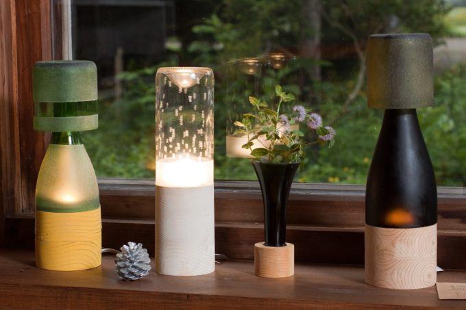 木材やガラスを使用した器や照明を作る「kico-kico.works」の空き瓶をリサイクルした照明