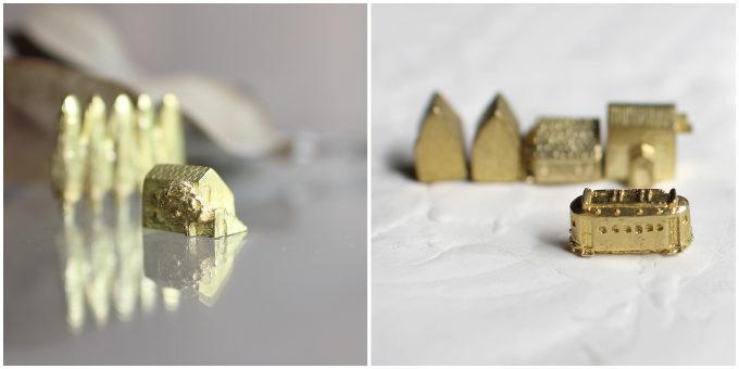 「穀雨」の真鍮製オブジェ「どこか遠くにある街」、家とトラム
