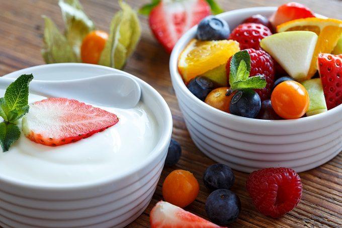 フルーツとヨーグルト
