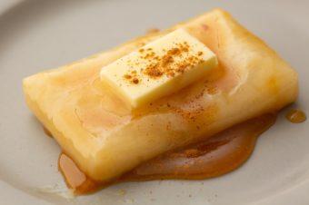 とろっと食感とのどごしに驚く。伝統的な製法で作られる「THE OMOCHI」の特別なお餅