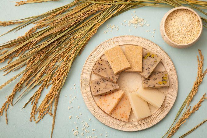 お餅ブランド「THE OMOCHI」のさまざまなお餅と稲