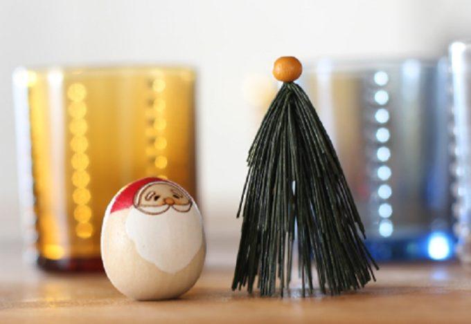 大人可愛いクリスマス雑貨、サンタクロースのこけしとツリーのセット