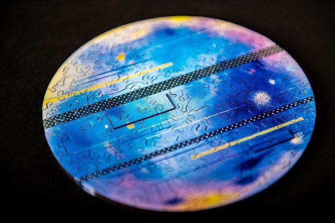 大人がハマる仕掛けが満載。美しき謎解きパズル「Pieces of the Galaxy」